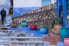 Exploring the narrow streets of Chefchaouen (Irina1010) Tags: chefchaouen city morocco narrow street blue bluecity pots stairs tourist outdoor travel 2019 canon outstandingromanianphotographers