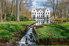 The Reflecting Castle At Staverden (Alfred Grupstra) Tags: water tree architecture river outdoors nature parkmanmadespace house buildingexterior pond builtstructure springtime autumn famousplace greencolor nopeople canal reflection history grass castle