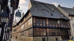 Goslar  - Siemenshaus (ohaoha) Tags: europa europe deutschland germany alemania niedersachsen lowersaxony goslar kaiserstadt siemenshaus fachwerk fachwerkhaus haus architektur unescowelterbe