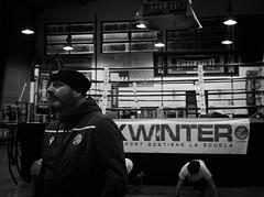 7909 - Master (Diego Rosato) Tags: boxe boxing pugilato boxelatina boxer maestro master pugile ring xwinter allenamento training little piccolo