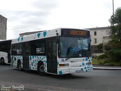 HEULIEZ GX 117 - 9551 - Transdev Urbain Libournais (Clément Quantin) Tags: bus autobus midibus urbain ligne heuliez heuliezbus gx gx117 €3 9551 cd528pl transdev urbainlibournais transdevurbainlibournais groupe groupetransdev réseau calibus calibuslibourne calibusurbain communautédagglomération cali libourne