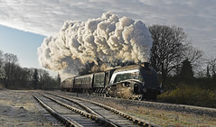 Ramsbottom Sidings (garstangpost.t21) Tags: lner britishrailways classa4 60009 unionofsouthafrica ramsbottomsidings sun shadows clag exhaust lancashire eastlancashirerailway ramsbottom ngc