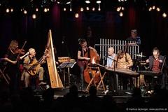 Die Knödel (jazzfoto.at) Tags: sony sonyalpha sonyalpha77ii sonya77m2 wwwjazzfotoat wwwjazzitat jazzitmusikclubsalzburg jazzitmusikclub jazzfoto jazzphoto jazzphotographer markuslackinger jazzinsalzburg jazzclubsalzburg jazzkellersalzburg jazzclub jazzkeller jazz jazzlive livejazz konzertfoto concertphoto liveinconcert stagephoto greatjazzvenue downbeatgreatjazzvenue salzburg salisburgo salzbourg salzburgo austria autriche blitzlos ohneblitz noflash withoutflash concert konzert concerto concierto musikerinnen femalemusicians musicistifemminili musiciennes músicasfemeninas músicosfemininos