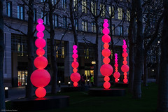 Winter Lights-021.jpg (antphotoslondon) Tags: lights night nighttimephotography riverthames london architecture cityscapes canarywharf sculpture