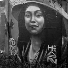 Portrait de rue (equinoxefr) Tags: tag rennes equinoxefr streetart
