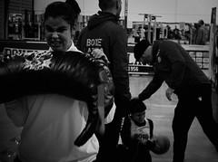 7956 - Pull (Diego Rosato) Tags: pull sollevamento giuditta maestro master allenamento training boxe boxing pugileto boxelatina fuji x30 rawtherapee bianconero blackwhite