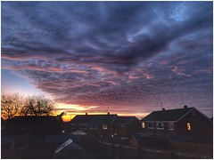 Sunset tones (Andy Stones) Tags: sunset sunlit sunlight sky skywatching clouds cloud cloudscape colour colourful weather weatherwatch nature naturephotography naturelovers natureseekers outdoors outside urban scunthorpe lincolnshire northlincs northlincolnshire nlincs photography photoof image imageof imagecapture