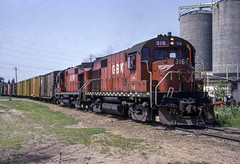 A Fine Duo (ac1756) Tags: greenbaywestern gbw greenbayroute alco rs27 316 2 wisconsinrapids wisconsin