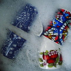 Mugs in the Sink (cycle.nut66) Tags: mugs sink bubbles washing up pattern design william morris apples leaves red green blue panasonic lumix lx5 leica summicron