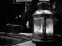 7408 - Lantern (Diego Rosato) Tags: lantern lanterna luce light pub still life bianconero blackwhite fuji x30 rawtherapee
