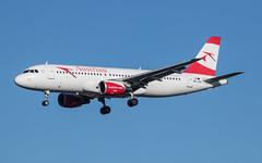 EGLL - Airbus A320 - Austrian Airlines - OE-LXD (lynothehammer1978) Tags: egll lhr heathrowairport londonheathrow heathrow airbusa320 oelxd austrianairlines