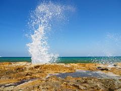 explosió blanca (.carleS) Tags: caeduiker olympus omd em5 ii mar sea mediterrani ona blanca ola