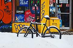 Un vélo à Montréal ! (baroudeur18) Tags: canada montréal couleurs tag hiver québec contraste neige bicyclette froid vélo nikon1685mm nikond7000