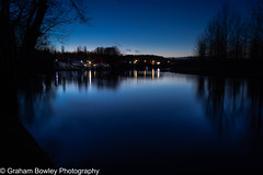 Winter on the Thames (Graham Bowley) Tags: winter bluehour riverthames berkshire evening landscape reading