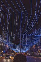 Lluvia de luces en Calle Alcalá (1) (lebeauserge.es) Tags: madrid españa capital ciudad navidad noche anochecer calle edificio luces