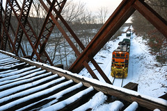 Under the B&A (JaiJad) Tags: train railroad providenceandworcester providenceworcester pw3904 webster ma pw bostonalbany ge