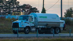 Freightliner 114SD (NoVa Truck & Transport Photos) Tags: freightliner 114sd praxair distribution ankeny ia tanker straight truck vocational