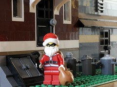 Sinner Claus (captain_j03) Tags: toy spielzeug 365toyproject lego minifigure minifig modularhouse petshop weihnachtsmann christmas santaclaus red crazytuesday