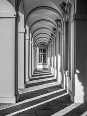 Schloss Rastatt (Philipp Ramseier) Tags: eiss schwarz white black schloss architecture de rastatt gebäude deutschland badenwürttemberg architektur