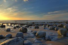 The Coastline (Ree Smith) Tags: coast coastline monknash thevaleofglamorgan southwales wales glamorganshire landscape seascape beach