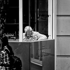 Did you see that? (Chris (a.k.a. MoiVous)) Tags: streetphotography citywestprecinct adelaidecbd streetlife