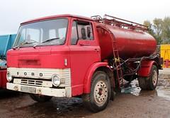 NPV 845H (1) (Nivek.Old.Gold) Tags: 1970 ford d 750 tanker cheffins