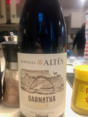 Herència Altés Garnatxa Negra (RobW_) Tags: herènciaaltésgarnatxanegra2017 wednesday bottle december wine label greece zakynthos tsilivi 2019 11dec2019