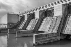 Barrage de Verbois (axel274) Tags: d7500 dimanche genève laplaine nikon verbois vernier