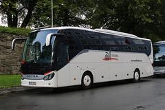 999 BRX, Bryggen, Bergen, September 5th 2019 (Southsea_Matt) Tags: bryggen bergen norway september 2019 autumn canon 80d bus omnibus transport vehicle coach 999brx setra s515hd alltours