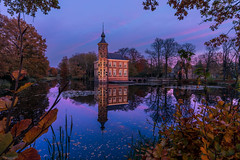 Blue Monday = Blue hour photography day (nldazuu.com) Tags: schemering herbst burgerlijkeschemering water fall herfst2019 breda autumn blauwekwartier bluehour castle blauweuur bluemonday mastbos kleurrijkeavond kasteelbouvigne vijver herfst noordbrabant