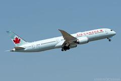 C-FNOH (Andras Regos) Tags: aviation aircraft plane fly airport lhr egll heathrow spotter spotting takeoff aircanada boeing 787 b789 7879 dreamliner 787dreamliner
