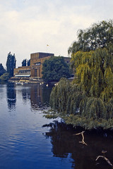 Stratford: Royal Shakespeare Theatre (AntyDiluvian) Tags: england uk unitedkingdom vintage 1973 1970s stratford stratforduponavon river riveravon avonriver shakespeare riverbank theater royalshakespearetheatre