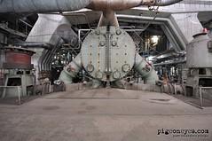 The big boss (Pigeoneyes.com) Tags: industria industry industrial fabbrica factory abandoned abbandono pigeoneyes pietromassimopasqui lostitaly edificiabbandonati involuzioneindustriale powerstation powerplant centraleelettrica