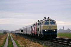 P2000055 (Lumixfan68) Tags: eisenbahn züge loks baureihe 218 dieselloks railsystems rp westfrankenbahn conny leihloks intercity ic deutsche bahn db marschbahn