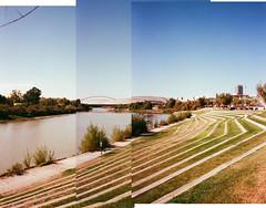 Pano frente fluvial (srgpicker) Tags: mjuii μmjuii lomography iso800 800 panorama gimp thegimp zaragoza rio ebro river bank puente bridge expo2008 expo montage montaje