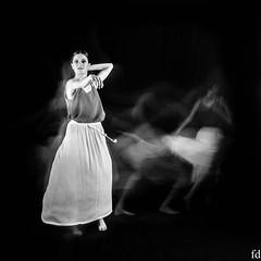 fuite (flo73400) Tags: modele danseuse nb woman femme bw people