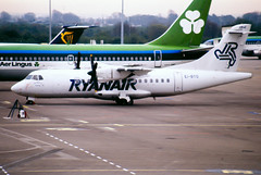 Ryanair ATR42 (Martyn Cartledge / www.aspphotography.net) Tags: aero aeroplane air aircraft airfield airline airliner airplane airport aviation civil flight fly flying jet originalslide originaltransparency plane scan transport wings wwwaspphotographynet asp photography