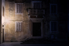 Facade, Zadar, Croatia (pas le matin) Tags: travel voyage zadar world croatie croatia hrvatska facade arcthitecture streetlight réverbere lampadaire night nuit door porte window fenêtre canon 7d canon7d canoneos7d eos7d