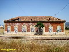 Antigua Estación de Ferrocarril de COCENTAINA (Alicante) (fernanchel) Tags: adif cocentaina ciudades renfe spain поезд bahnhöfe railway station estacion ferrocarril tren treno train md mediadistancia regional jativaalcoy xàtivaalcoi