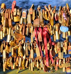 Love Locks (R~P~M) Tags: lock padlock lovelock bridge river wye bakewell derbys derbyshire england uk unitedkingdom greatbritain
