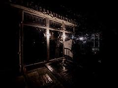 rainy night (Renate R) Tags: warnemünde mecklenburgvorpommern night rain bistro glass strandkorb regen glas raindrops