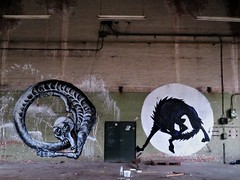 Keep Punching Joe & Avoid / somewhere - 20 jan 2020 (Ferdinand 'Ferre' Feys) Tags: gent ghent gand belgium belgique belgië streetart artdelarue graffitiart graffiti graff urbanart urbanarte arteurbano ferdinandfeys