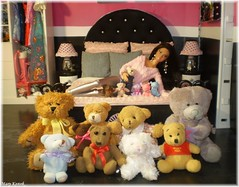 Shania with their collection of teddies (Mary (Mária)) Tags: barbie doll fashion mattel teddy diorama paris bedroom wardrobe dollcollector dollphotography dollphotographer interior handmade collector collection indulge az challenge toys marykorcek