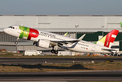 CS-TVA | TAP Air Portugal Airbus A320-251N | Lisbon Humberto Delgado Airport | 27/05/19 (MichaelLeung213) Tags: cstva tap air portugal portugesa aereas airport aircraft airplane airbus airlines airframe aeroplane a320 alliance airways a320200 airline a320n a320neo new engine option star industrie lis livery lisbon lisboa light summer evening spotato photography humberto delgado canon plane airports lppt lpptlis takeoff take off