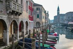 Storie di un 50(12) (giobertaskin) Tags: canon barca ponte campanile venezia arco canale chioggia sottomarina fondamenta sigma50art colore terrazzo casa f14