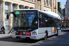 EX-743-ZK, Gare Du Nord, Paris, September 14th 2019 (Southsea_Matt) Tags: route39 paris france september autumn 2019 canon 80d sigma 1850mm bus omnibus transport vehicle ratp garedunord ruededunkerque iveco urbanway ex743ek 6154
