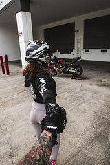 DSC_4946 (Steven Lenoir) Tags: model photoshoot modeling biker cbr cbr600rr hondacbr600rr hondacbr bikelife hondamotorsports racing905 hondapowersports stuntcage hellsent hellsentus