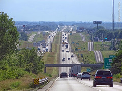 I-70 Westbound near Odessa, 16 June 2019 (photography.by.ROEVER) Tags: missouri vacation trip roadtrip summertrip weekendtrip 2019 june june2019 stlouis saintlouis stlouistrip drive driving driver driverpic road highway ontheroad lafayettecounty odessa i70 us40 interstate70 interstate freeway westbound westboundi70 evening usa