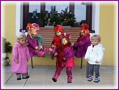 Überraschungsbesuch !! / Surprise visit !! (ursula.valtiner) Tags: puppe doll luis bärbel künstlerpuppe masterpiecedoll geburtstag birthday kindergartenkinder kindergartenkinder2018 besuch visit geburtstagsfest birthdayparty tivi milina annemoni sanrike