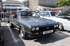Ford Capri 2.0 S DDG151Y (Andrew 2.8i) Tags: s 20 2000 2000s 20s mk3 mk 3 iii mark liftback hatchback hatch coupe sportscar sports ford capri show uk surrey weybridge track circuit brooklands 50th anniversary ddg151y